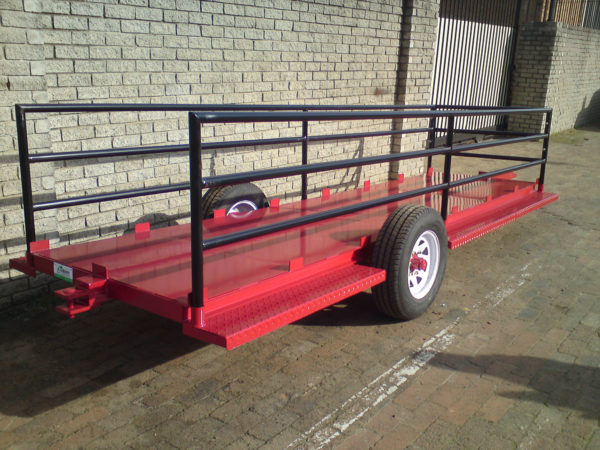 3Bin Trailer with Deck and Rails