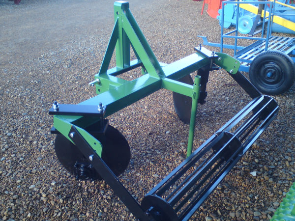 Disc Ridger with roller